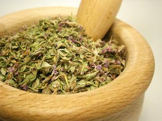 Les plantes séchées peuvent être utilisées pour les tisanes, les compresses, les teintures ou les cataplasmes.